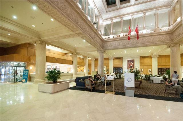 Condo Apartment at 22 Leader Lane, Unit 507, Toronto, Ontario. Image 5