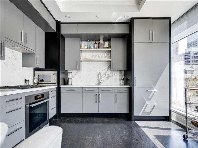 Condo Apartment at 55 Scollard St, Unit 206, Toronto, Ontario. Image 13