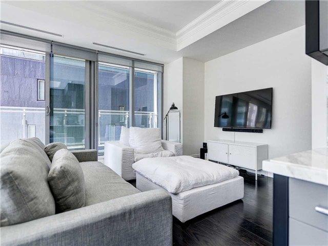 Condo Apartment at 55 Scollard St, Unit 206, Toronto, Ontario. Image 16