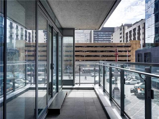 Condo Apartment at 55 Scollard St, Unit 206, Toronto, Ontario. Image 17