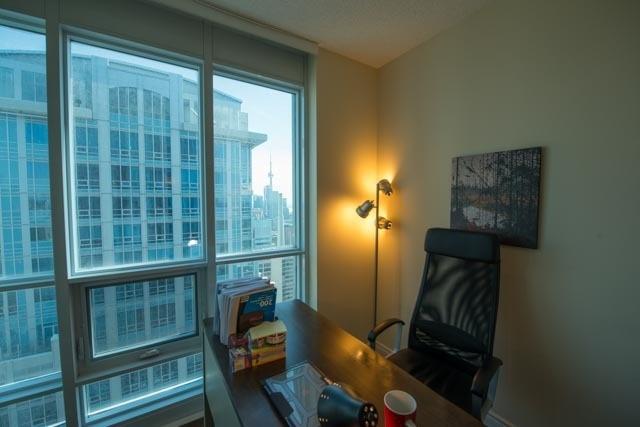 Condo Apartment at 763 Bay St, Unit 4605, Toronto, Ontario. Image 6