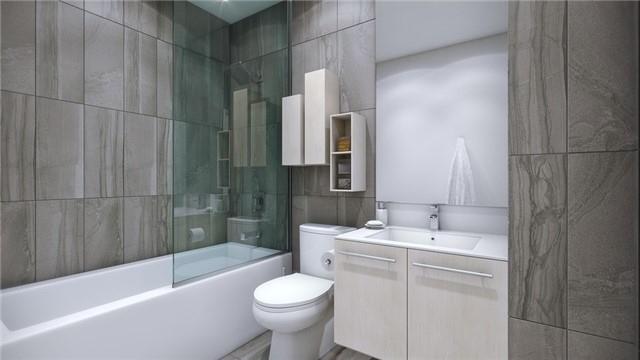 Condo Apartment at 99 Broadway Ave, Unit 1509, Toronto, Ontario. Image 6