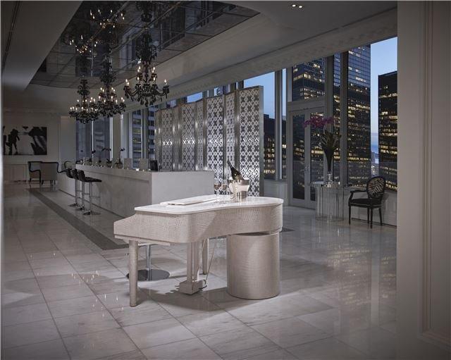 Condo Apartment at 311 Bay St, Unit 4502, Toronto, Ontario. Image 7
