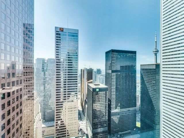 Condo Apartment at 311 Bay St, Unit 4404, Toronto, Ontario. Image 11