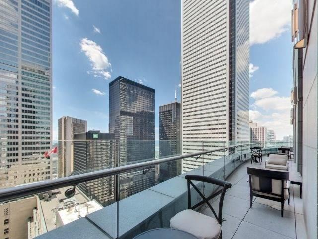Condo Apartment at 311 Bay St, Unit 4404, Toronto, Ontario. Image 13