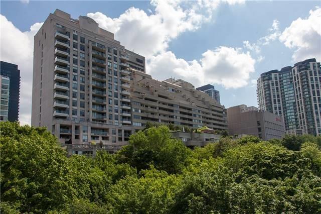 Condo Apartment at 388 Bloor St E, Unit 2002, Toronto, Ontario. Image 11
