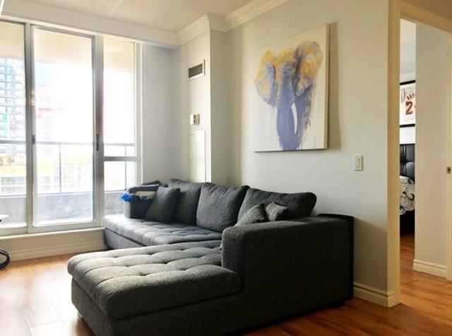 Condo Apartment at 388 Bloor St E, Unit 2002, Toronto, Ontario. Image 15
