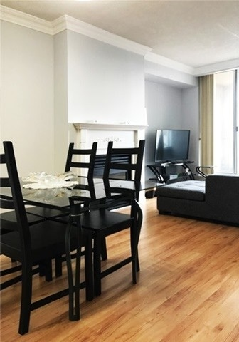 Condo Apartment at 388 Bloor St E, Unit 2002, Toronto, Ontario. Image 2
