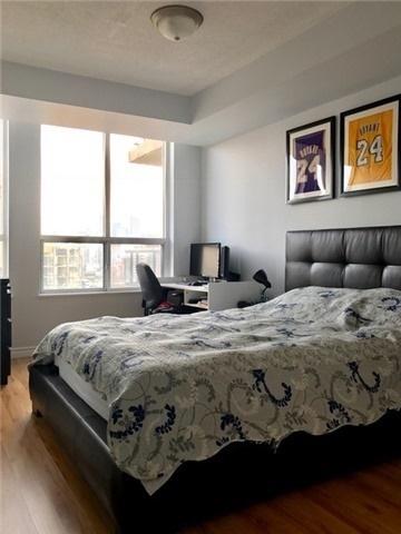 Condo Apartment at 388 Bloor St E, Unit 2002, Toronto, Ontario. Image 5