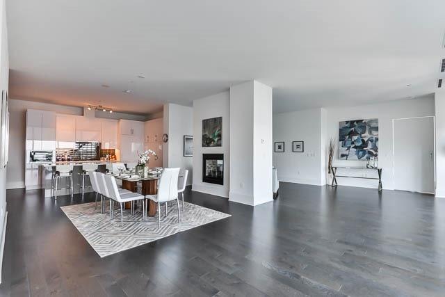 Condo Apartment at 29 Queens Quay E Way E, Unit Ph1204, Toronto, Ontario. Image 17