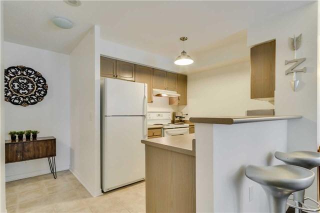 Condo Apartment at 22 Olive Ave, Unit 508, Toronto, Ontario. Image 20