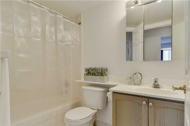Condo Apartment at 22 Olive Ave, Unit 508, Toronto, Ontario. Image 7