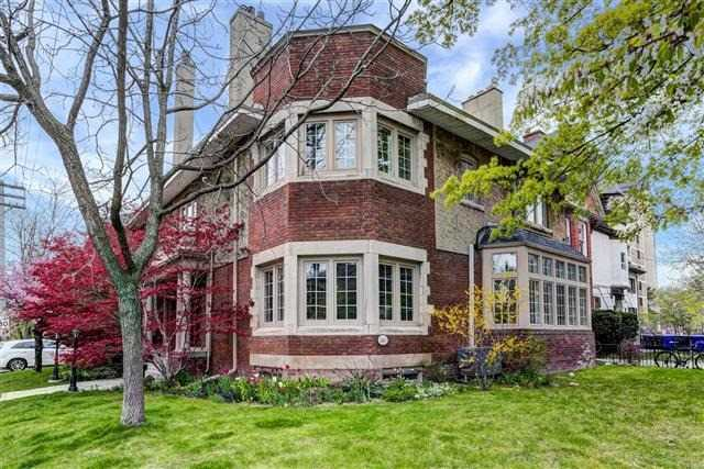 Detached at 260 St George St, Toronto, Ontario. Image 12