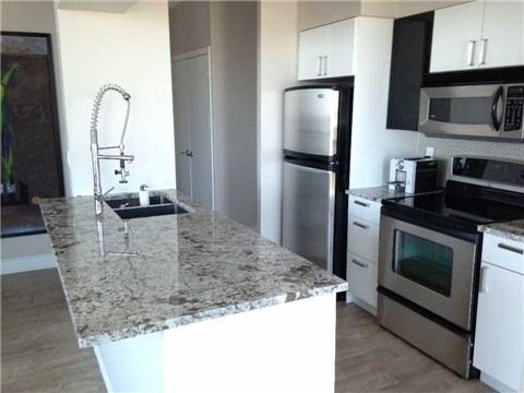 Condo Apartment at 219 Fort York Blvd, Unit Uph02, Toronto, Ontario. Image 11
