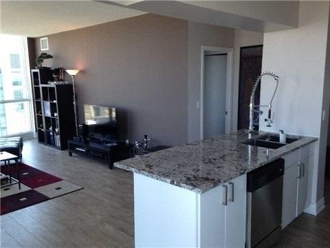 Condo Apartment at 219 Fort York Blvd, Unit Uph02, Toronto, Ontario. Image 12