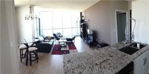 Condo Apartment at 219 Fort York Blvd, Unit Uph02, Toronto, Ontario. Image 13