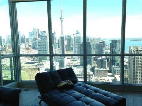 Condo Apartment at 219 Fort York Blvd, Unit Uph02, Toronto, Ontario. Image 16