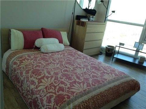 Condo Apartment at 219 Fort York Blvd, Unit Uph02, Toronto, Ontario. Image 3