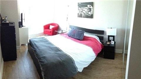 Condo Apartment at 219 Fort York Blvd, Unit Uph02, Toronto, Ontario. Image 4