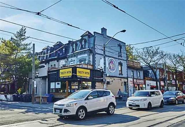 Townhouse at 296 Gerrard St E, Toronto, Ontario. Image 10