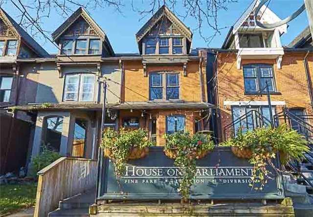 Townhouse at 296 Gerrard St E, Toronto, Ontario. Image 9