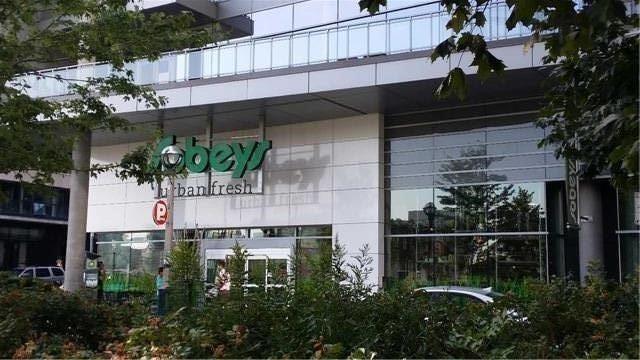 Condo Apartment at 10 Capreol Crt, Unit Parking, Toronto, Ontario. Image 4