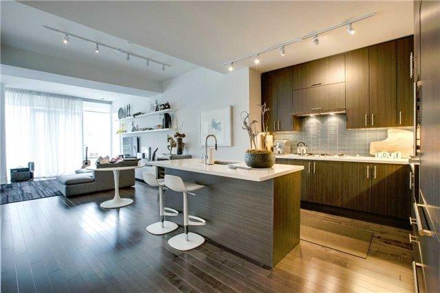 Condo Apartment at 29 Queens Quay E, Unit 908, Toronto, Ontario. Image 15