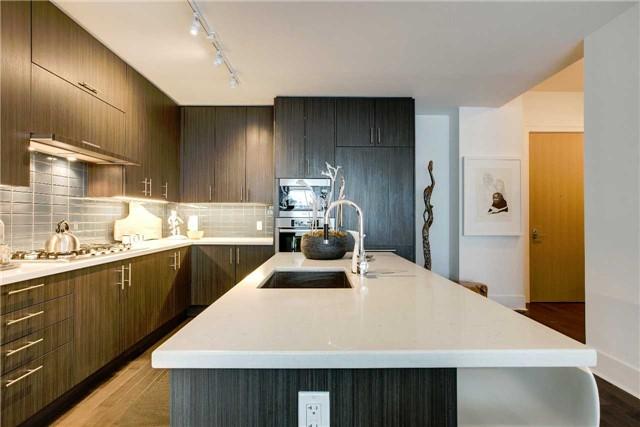 Condo Apartment at 29 Queens Quay E, Unit 908, Toronto, Ontario. Image 17