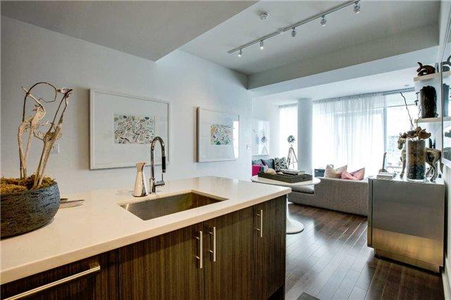 Condo Apartment at 29 Queens Quay E, Unit 908, Toronto, Ontario. Image 18