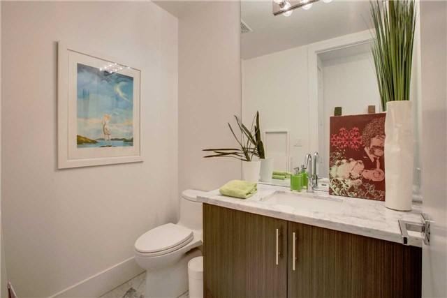 Condo Apartment at 29 Queens Quay E, Unit 908, Toronto, Ontario. Image 19