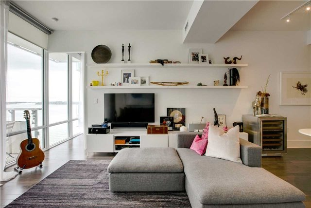 Condo Apartment at 29 Queens Quay E, Unit 908, Toronto, Ontario. Image 3
