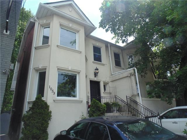 Semi-detached at 1055 Mount Pleasant Rd, Toronto, Ontario. Image 1