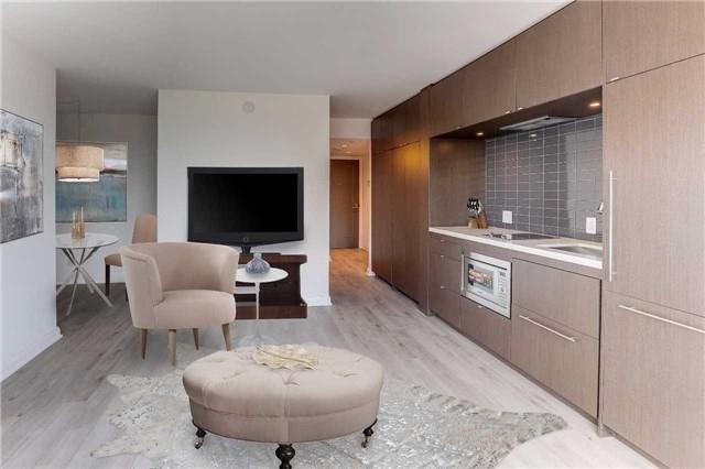 Condo Apartment at 155 Yorkville Ave, Unit 2907, Toronto, Ontario. Image 3