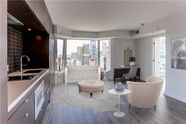 Condo Apartment at 155 Yorkville Ave, Unit 2907, Toronto, Ontario. Image 5