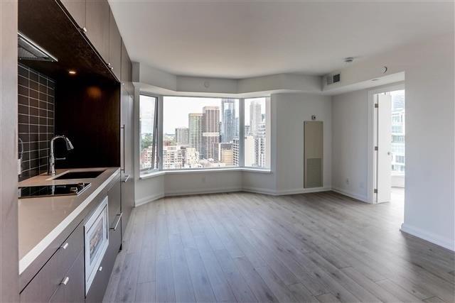 Condo Apartment at 155 Yorkville Ave, Unit 2907, Toronto, Ontario. Image 6