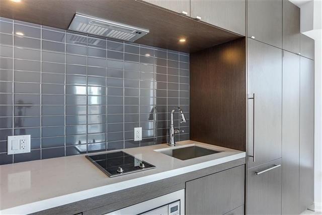 Condo Apartment at 155 Yorkville Ave, Unit 2907, Toronto, Ontario. Image 8