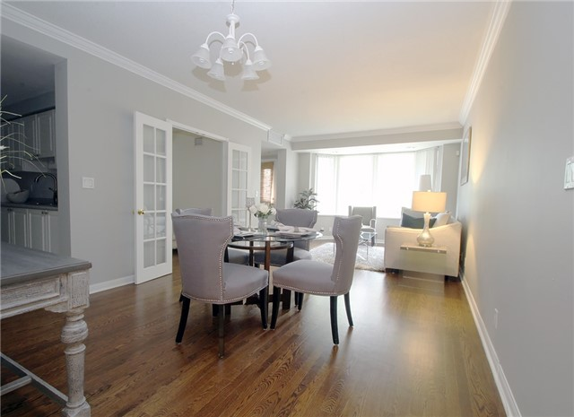 Condo Townhouse at 28 Sommerset Way, Unit 1101, Toronto, Ontario. Image 13