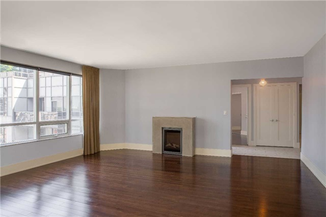 Condo Apartment at 20 Blue Jays Way, Unit 2122, Toronto, Ontario. Image 8
