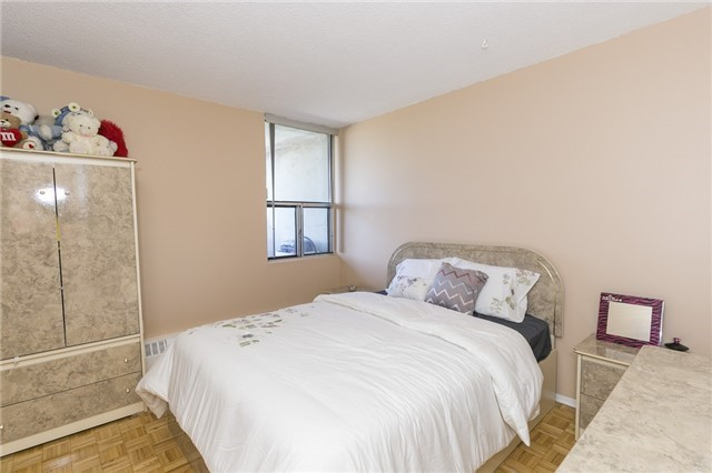 Condo Apartment at 45 Sunrise Ave, Unit #504, Toronto, Ontario. Image 2