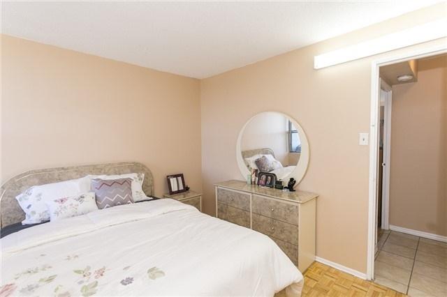 Condo Apartment at 45 Sunrise Ave, Unit #504, Toronto, Ontario. Image 3