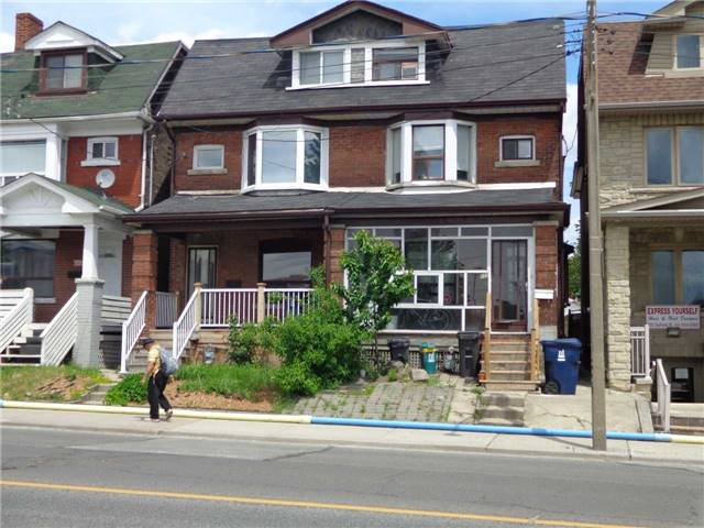 Duplex at 933 Dufferin St, Toronto, Ontario. Image 1
