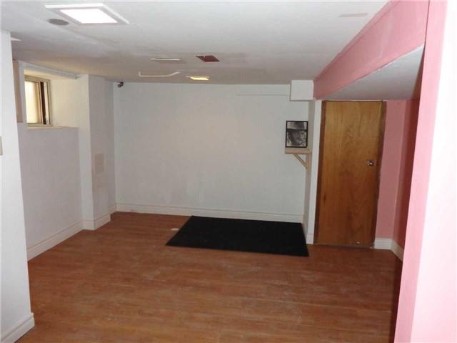 Duplex at 933 Dufferin St, Toronto, Ontario. Image 6