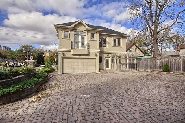 Detached at 77 Steeles Ave E, Toronto, Ontario. Image 10