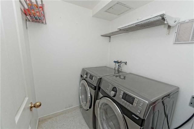 Condo Apartment at 18 Hollywood Ave, Unit 1405, Toronto, Ontario. Image 13