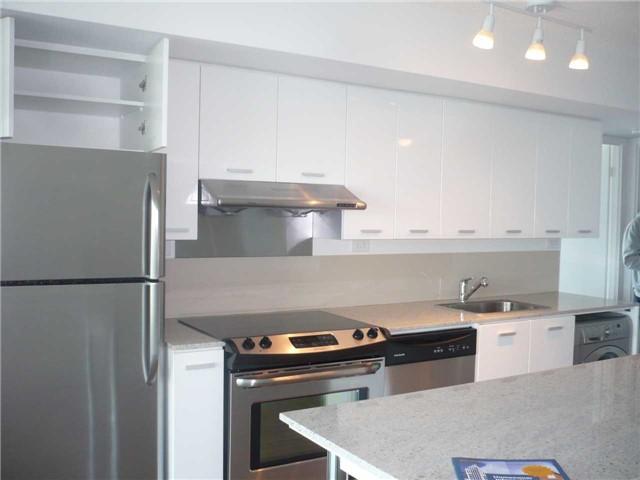 Condo Apartment at 33 Singer Crt, Unit 1011, Toronto, Ontario. Image 5