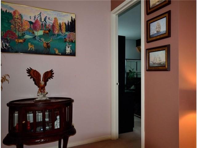Condo Apartment at 77 Harbour Sq, Unit 408, Toronto, Ontario. Image 3