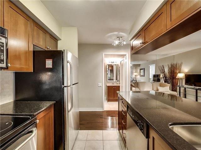 Condo Apartment at 60 St Clair Ave W, Unit 301, Toronto, Ontario. Image 19