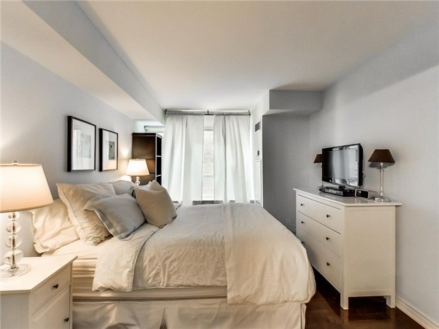 Condo Apartment at 60 St Clair Ave W, Unit 301, Toronto, Ontario. Image 10