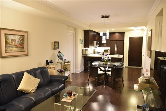 Condo Apartment at 1888 Bayview Ave, Unit 308, Toronto, Ontario. Image 13