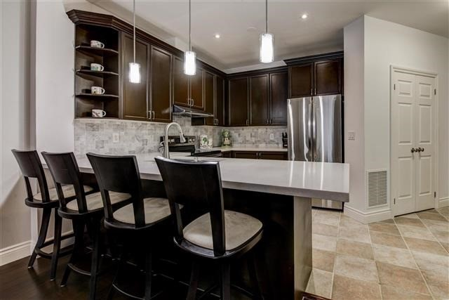 Condo Apartment at 980 Yonge St, Unit 208, Toronto, Ontario. Image 14